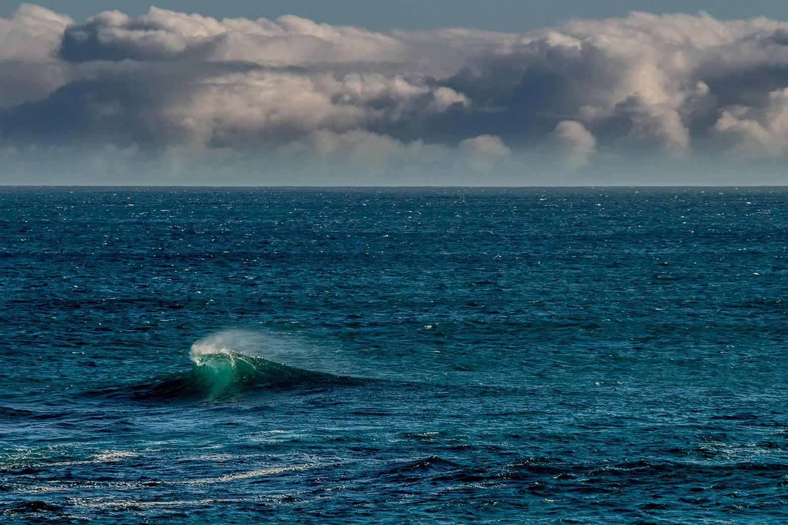 lone wave IMG_9970 w