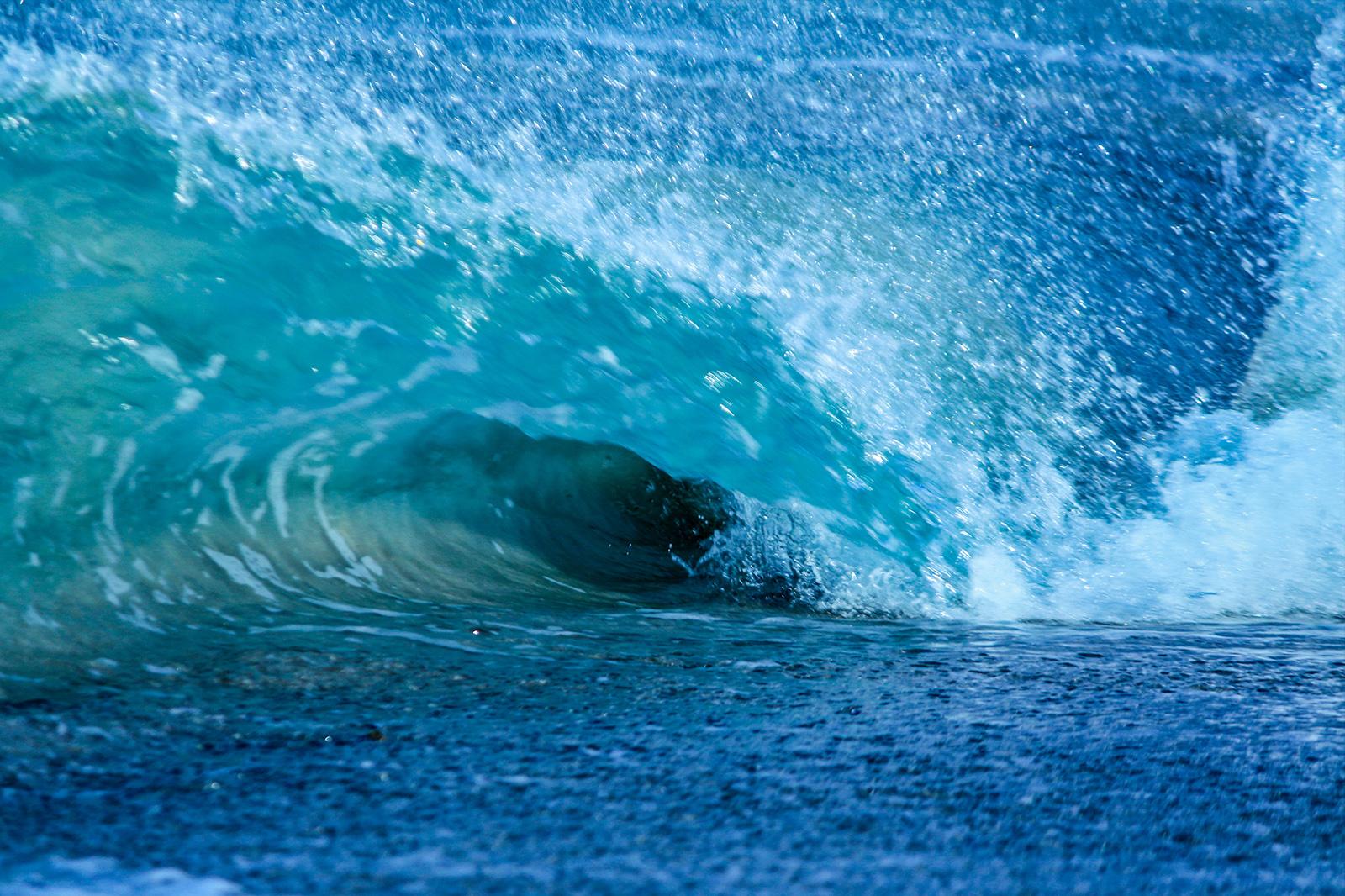 wave 1 w